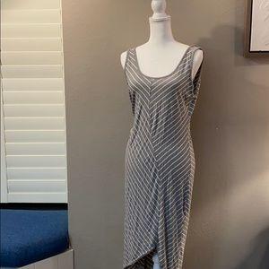 Athleta sleeveless dress   Large